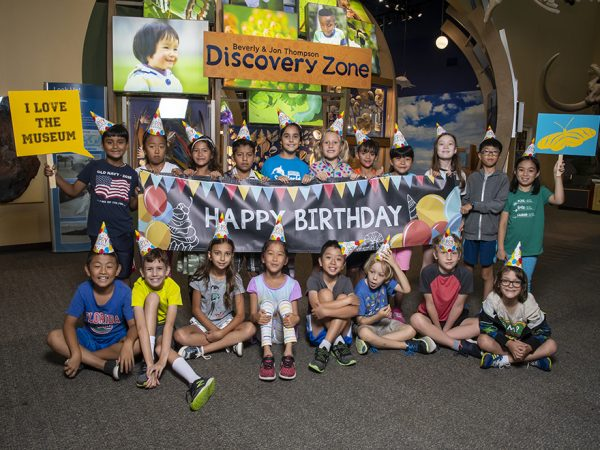 Children in front of Discovery Zone