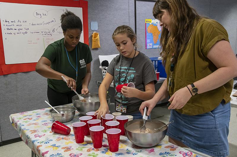 Junior Volunteers can be camp teachers' assistants.