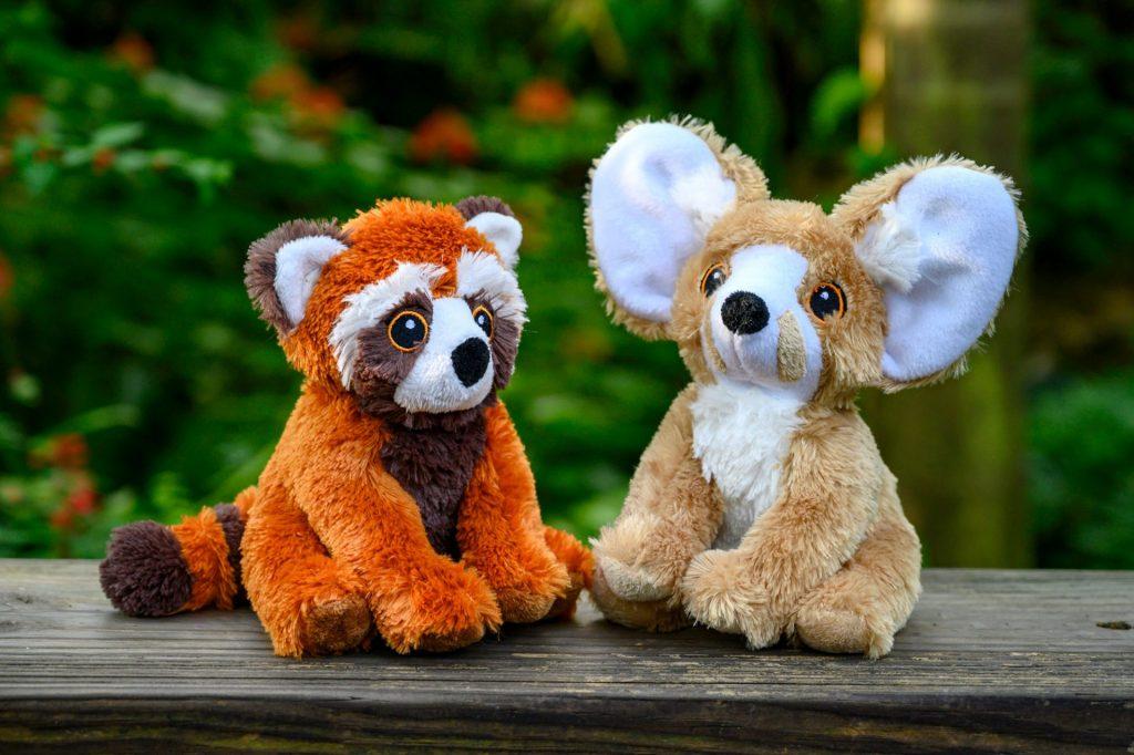 two stuffed animals