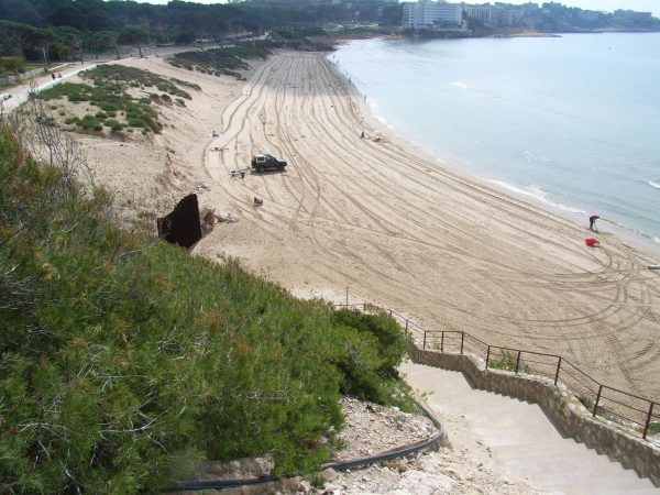 Llarga beach, Spain