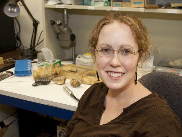 Larisa DeSantis in lab
