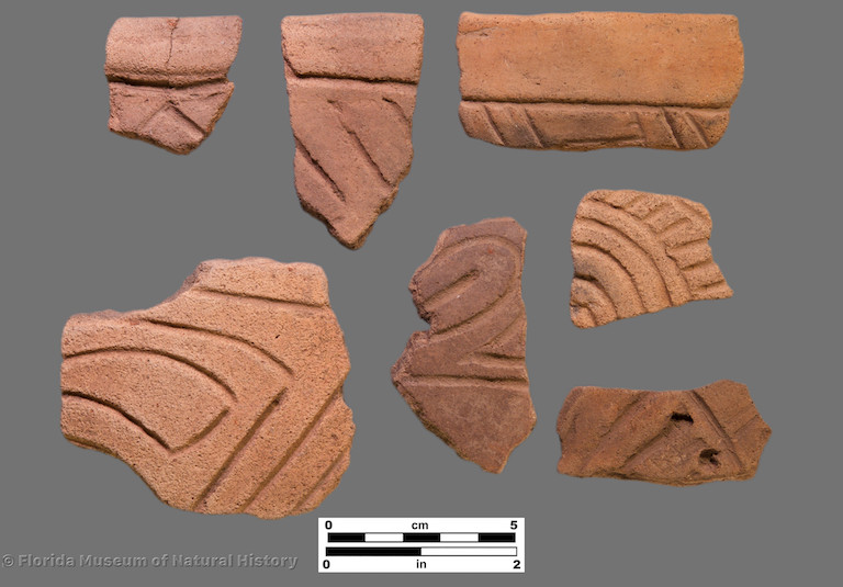 7 sherds of curvilinear incised potter
