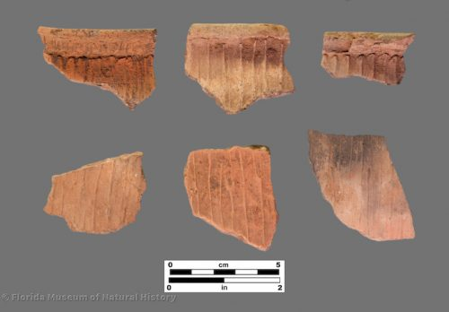 6 sherds with perpendicular shallow grooves and ridges