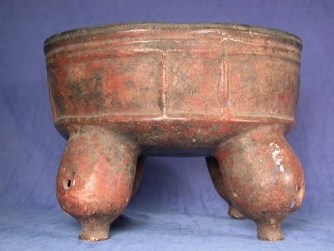 Tetrapod bowl