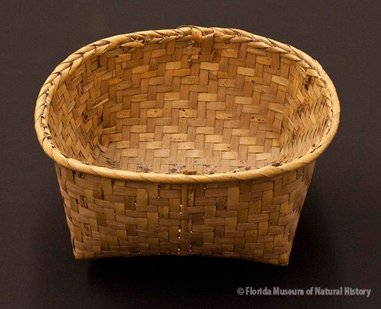 Basket, Miccosukee, split palmetto, 2/2 twill, 1943, 19 x 18 x 13 cm. Collected at Big Cypress by John M. Goggin (3933-92921).
