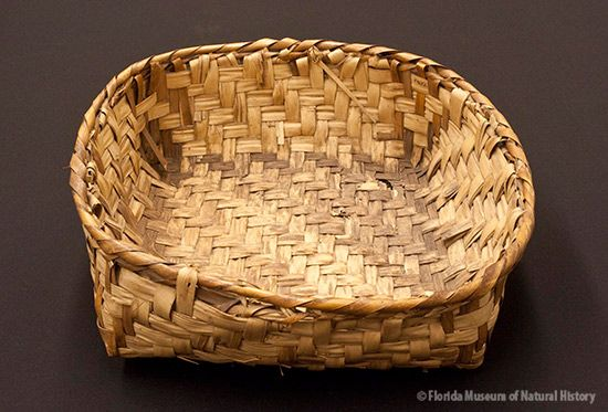Basket, Miccosukee, palmetto stem and leaves, 2/2 twill, ca. 1950, 10.5 x 34 x 33 cm. Collected at Deep Lake, FL by John M. Goggin (3933-92903).