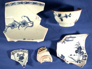 Porcelain cup fragments