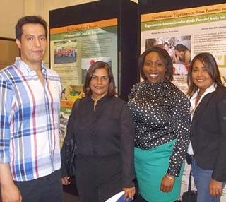 Andrés Cárdenas, Hortensia Broce, Chanika Symister and Idalia de Espinosa organized an exhibit at the Panama Canal Authority. © Photo by ACP.
