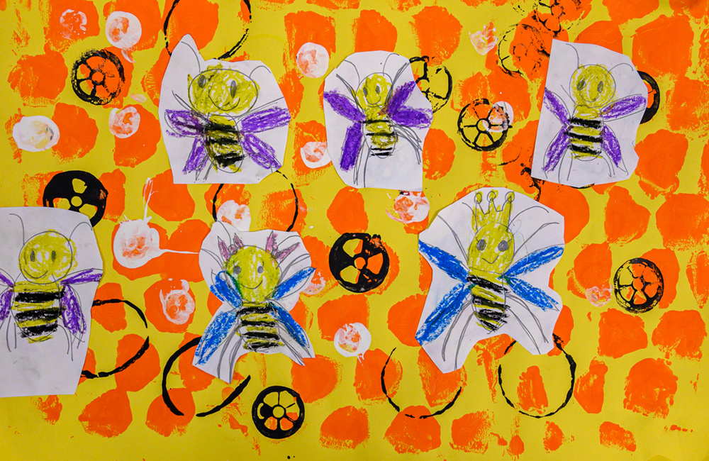 Painting of many smiling bees. Some of the bees have blue wings some have purple wings.