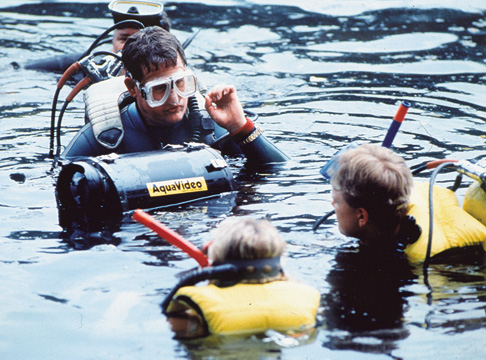 diver and students