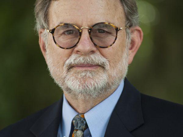 Dr. Bruce MacFadden